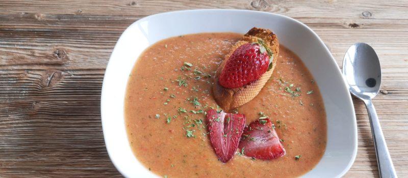 paprika erdbeer suppe min